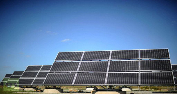 Panels with photovoltaic cells of German company Bosch Solar Engery are pictured during the inauguration of the company′s new plant in Arndstadt near Erfurt, eastern Germany. (AFP Photo / Johannes Eisele)