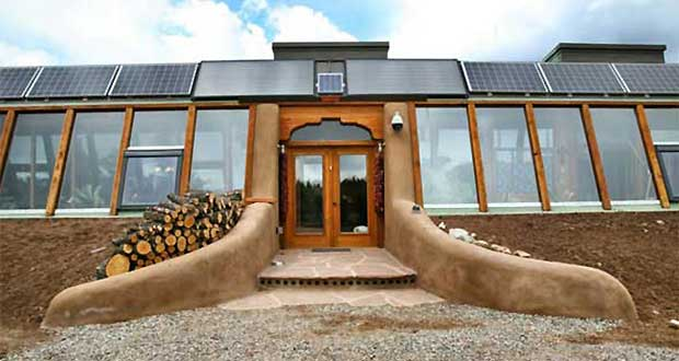 Earthship-Homes-for-a-sustainable-future