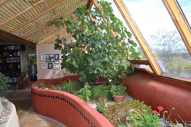 Earthships-Homes-for-a-sustainable-future