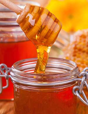 Why-Honey-Is-Still-The-Best-Antibiotic