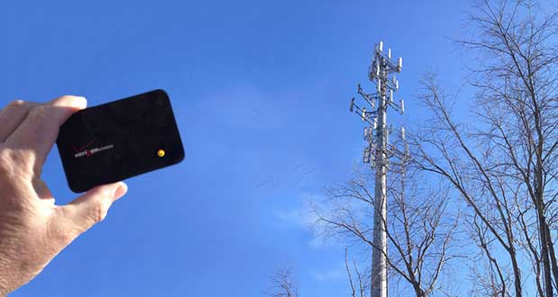Big-Brother-Strikes--Fake-Cell-Phone-Towers