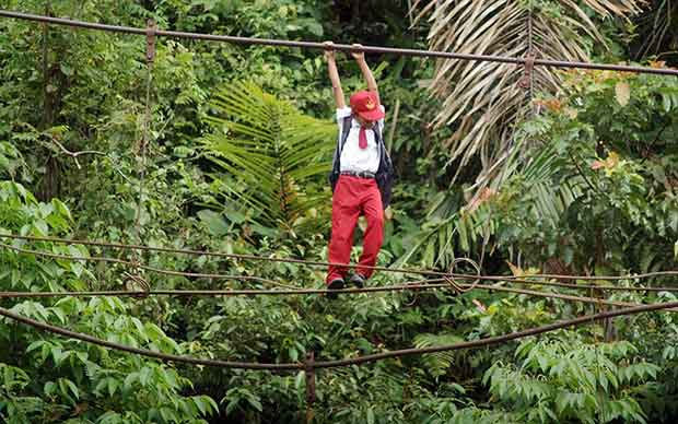 Fearless-kids-and-their-extreme-journeys-to-school-4