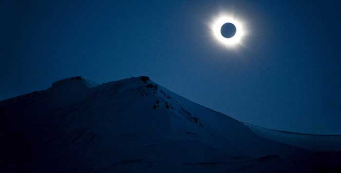 Primary school bans kids from watching solar eclipse for cultural and religious reasons