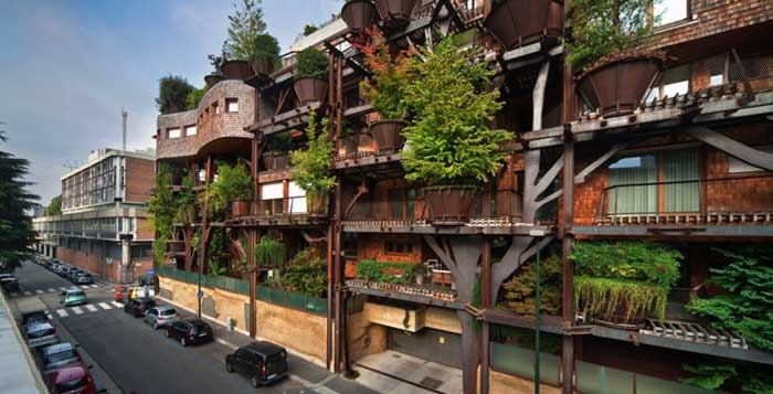 An-Urban-Treehouse-That-Protect-Residents-from-Air-and-Noise-Pollution-3