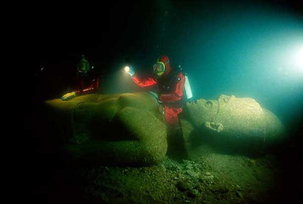 Ancient-City-Discovered-Underwater4