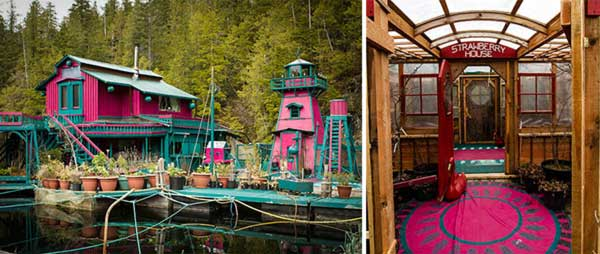 Couple-Spends-20-Years-Building-A-Self-Sustaining-Floating-Island-To-Live-Off-Grid-6