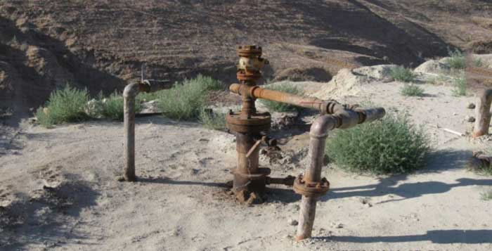 Environmental Groups Sue To Stop Oil Companies From Injecting Industrial Waste Into California's Water Supply