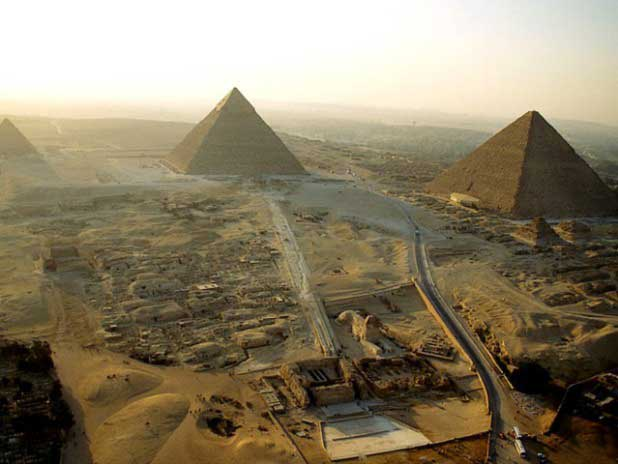 Researchers-discover-what-was-located-on-top-of-the-Great-Pyramid-r