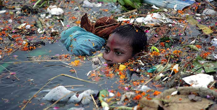 Soul-Crushing-Photos-Of-Pollution-That-Should-Inspire-You-To-Recycle
