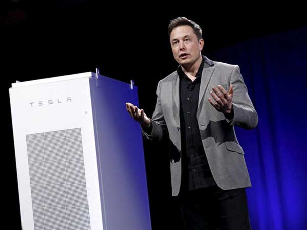 The-Tesla-Battery-Heralds-The-Beginning-Of-The-End-For-Fossil-Fuels4