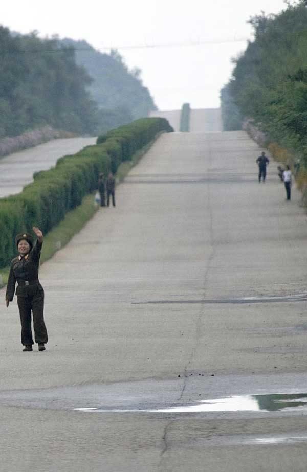 16-Photos-North-Korea-Kim-Does-Not-Want-You-To-See