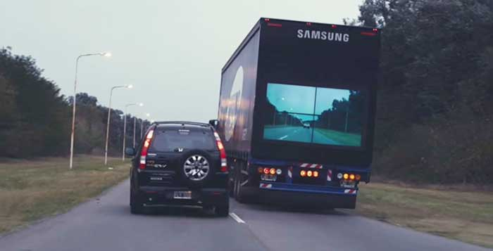 Back screens on trucks may pave way for safer overtaking