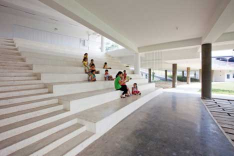 New-School-In-Vietnam-Has-Massive-Garden-On-Its-Roof-And-Teaches-Sustainability-3