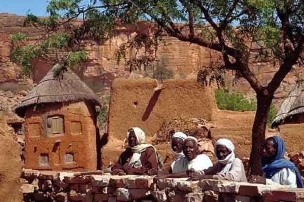 15-Incredible-Images-Of-The-Mysterious-Dogon-Tribe-5