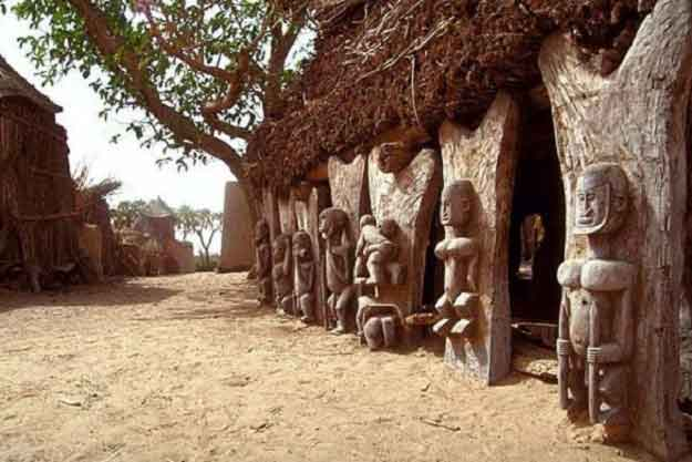 15-Incredible-Images-Of-The-Mysterious-Dogon-Tribe-6
