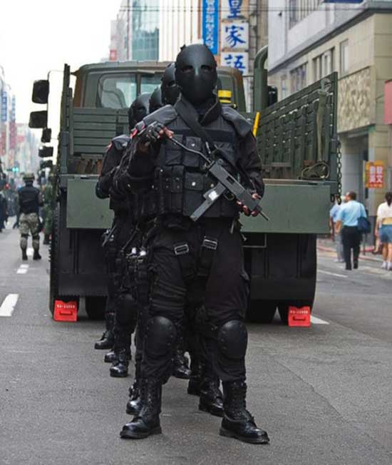 Guess Which Government Just Introduced These Terrifying Special Forces Clone Army Uniforms 3