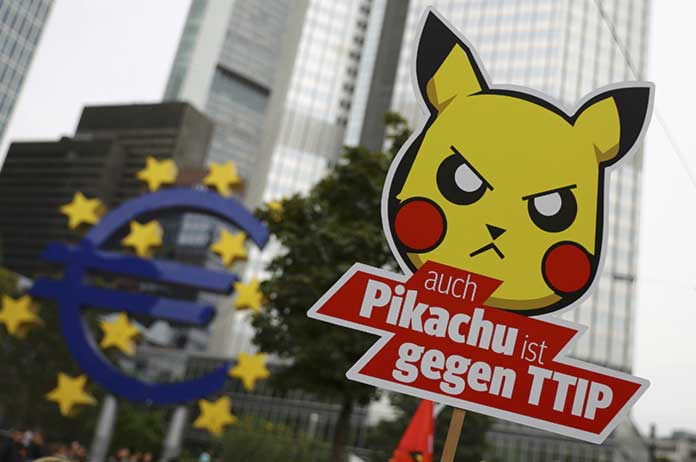 300000 Join Massive Protests in Germany Against US-EU Corporate Trade Deals