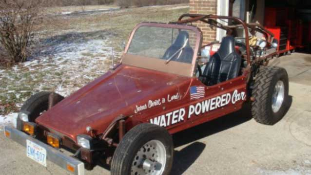 Water-Powered Cars 3 scientists
