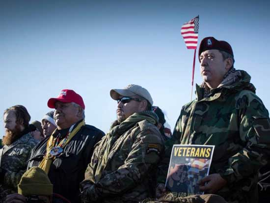 Veterans Return To Standing Rock To Act As Human Shields Against Police j