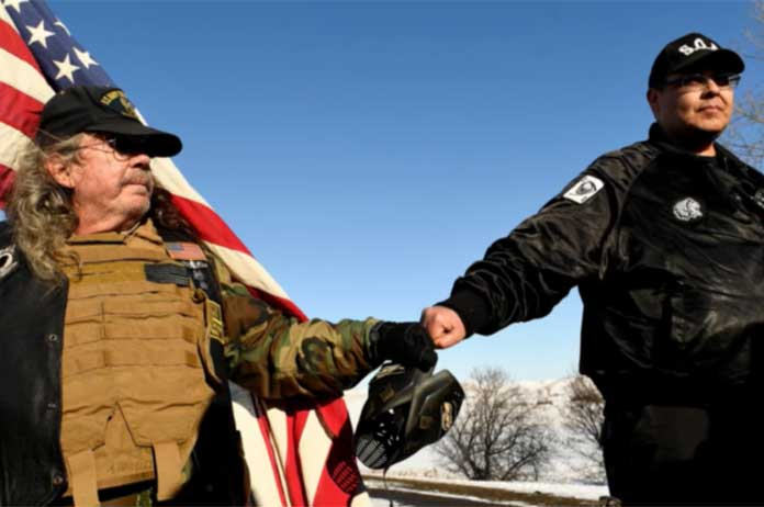Veterans Return To Standing Rock To Act As Human Shields Against Police