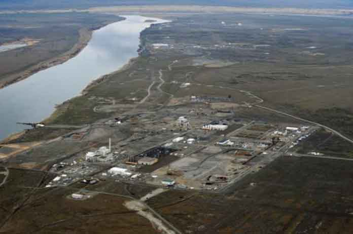 Radioactive Waste Flowing Freely into Columbia River Because theres no money to Stop It